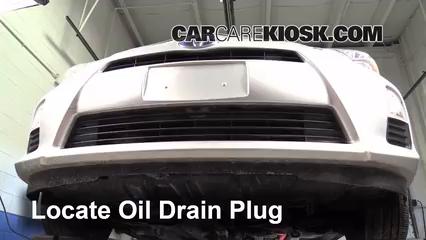 2012 Toyota Prius C 1.5L 4 Cyl. Aceite Cambiar aceite y filtro de aceite