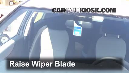 2012 Toyota Yaris L 1.5L 4 Cyl. Hatchback (4 Door) Windshield Wiper Blade (Front)