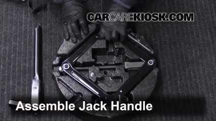 2011-2016 Chevrolet Cruze Jack Up How To - 2013 Chevrolet