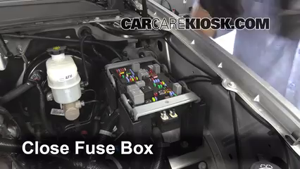 2013 Chevrolet Tahoe LT 5.3L V8 FlexFuel%2FFuse Engine Part 2 replace a fuse 2007 2013 gmc yukon xl 1500 2007 gmc yukon xl 2007 gmc yukon fuse box diagram at bakdesigns.co