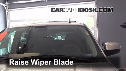2013 Chevrolet Tahoe LT 5.3L V8 FlexFuel Windshield Wiper Blade (Front)