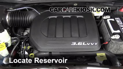 2013 Chrysler Town and Country Touring 3.6L V6 FlexFuel Líquido limpiaparabrisas Controlar nivel de líquido