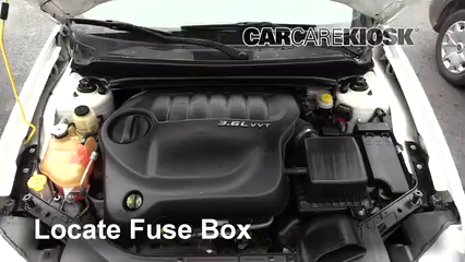 2013 Dodge Avenger SE 3.6L V6 FlexFuel Fusible (interior)
