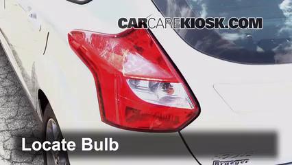 Ford Focus Se  Cyl Flexfuel Hatchback Lights Reverse Light Replace