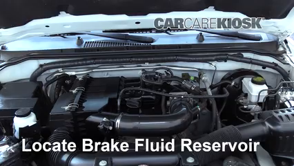 2013 Nissan Frontier SV 2.5L 4 Cyl. Extended Cab Pickup Brake Fluid