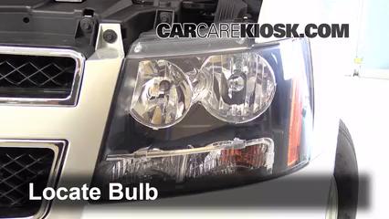 2013 Chevrolet Tahoe LT 5.3L V8 FlexFuel Lights Daytime Running Light (replace bulb)