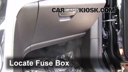 2013 Ford C-Max Hybrid SEL 2.0L 4 Cyl. Fusible (intérieur)