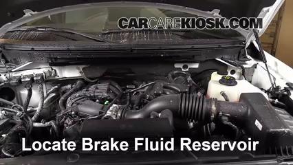 2013 Ford F-150 XLT 3.7L V6 FlexFuel Standard Cab Pickup Liquide de frein