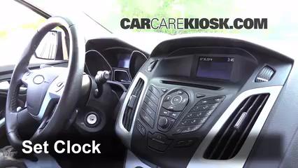 2013 Ford Focus SE 2.0L 4 Cyl. FlexFuel Hatchback Horloge