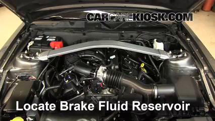 2013 Ford Mustang 3.7L V6 Convertible Liquide de frein