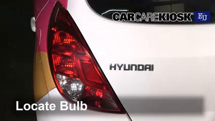 2013 Hyundai i20 Classic 1.2L 4 Cyl. Éclairage