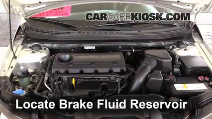 2013 Kia Forte Koup SX 2.4L 4 Cyl. Brake Fluid