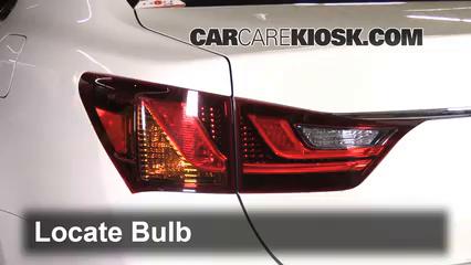 2013 Lexus GS350 3.5L V6 Lights Turn Signal - Rear (replace bulb)