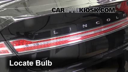 2013 Lincoln MKZ 2.0L 4 Cyl. Turbo Luces Luz de reversa (reemplazar foco)