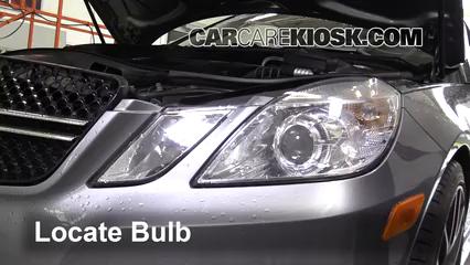 2013 Mercedes-Benz E350 4Matic 3.5L V6 Sedan Lights Headlight (replace bulb)
