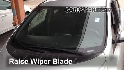 2013 Nissan Leaf SL Electric Escobillas de limpiaparabrisas delantero