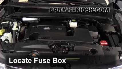 2013 Nissan Pathfinder SV 3.5L V6 Fuse (Engine) Check