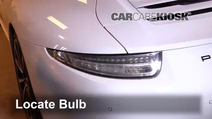 2013 Porsche 911 Carrera S 3.8L 6 Cyl. Coupe Lights
