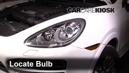2013 Porsche Cayenne 3.6L V6 Luces Luz de giro delantera (reemplazar foco)