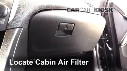2013 Suzuki Kizashi GTS 2.4L 4 Cyl. Filtro de aire (interior)