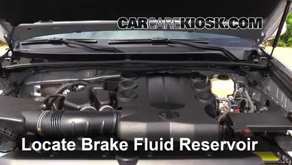 2013 Toyota 4Runner Limited 4.0L V6 Brake Fluid