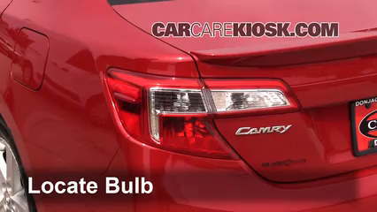 2013 Toyota Camry SE 2.5L 4 Cyl. Luces