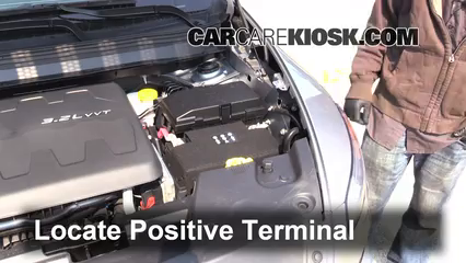 2014 Jeep Cherokee Battery >> How To Jumpstart A 2014 2017 Jeep Cherokee 2014 Jeep Cherokee