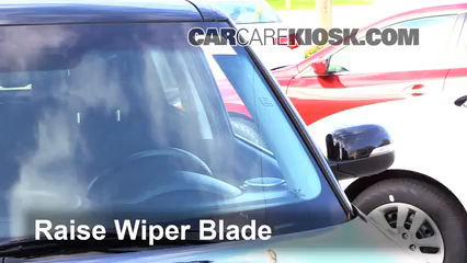 2014 Kia Soul ! 2.0L 4 Cyl. Windshield Wiper Blade (Front)