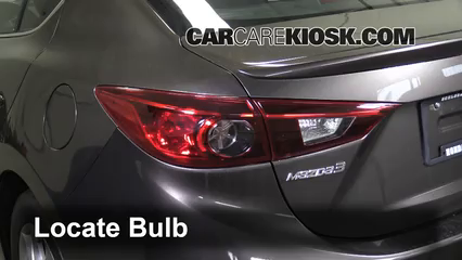 2014 Mazda 3 Touring 2.0L 4 Cyl. Sedan Luces