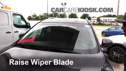 2014 Nissan Pathfinder SL Hybrid 2.5L 4 Cyl. Supercharged Windshield Wiper Blade (Front)