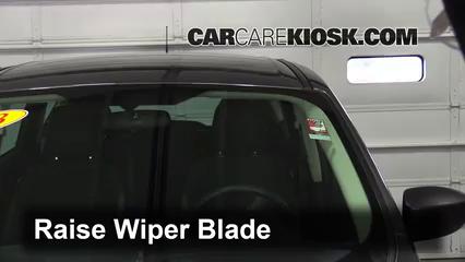 2014 Ford Escape S 2.5L 4 Cyl. Windshield Wiper Blade (Front)