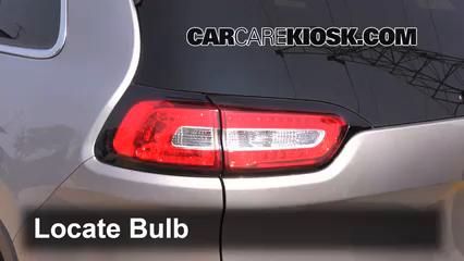 2014 Jeep Cherokee Latitude 3.2L V6 Lights