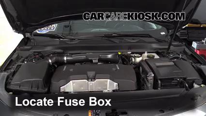 2015 Chevrolet Impala LT 2.5L 4 Cyl.%2FFuse Engine Part 1 replace a fuse 2014 2016 chevrolet impala 2015 chevrolet impala 06 Chevy Impala Fuse Box at soozxer.org
