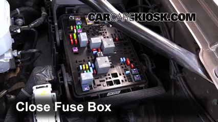 replace a fuse 2014 2018 chevrolet silverado 1500 2015 chevrolet6 replace cover secure the cover and test component