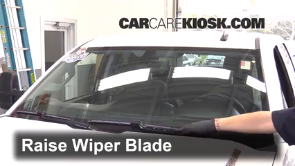 2015 Chevrolet Silverado 2500 HD LT 6.6L V8 Turbo Diesel Crew Cab Pickup Windshield Wiper Blade (Front)