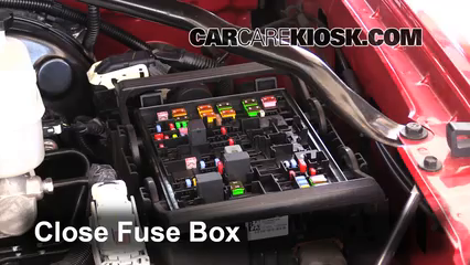 Replace a Fuse: 2014-2019 Chevrolet Tahoe - 2015 Chevrolet