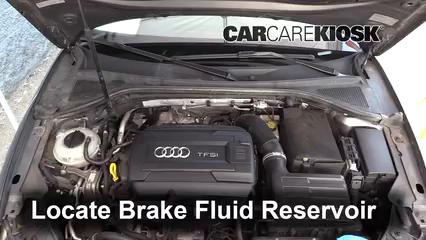 2015 Audi A3 Quattro Premium 2.0L 4 Cyl. Turbo Convertible Líquido de frenos Controlar nivel de líquido