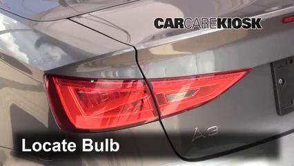 2015 Audi A3 Quattro Premium 2.0L 4 Cyl. Turbo Convertible Luces Luz de niebla (reemplazar foco)
