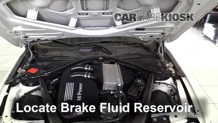 2015 BMW M4 3.0L 6 Cyl. Turbo Coupe Liquide de frein