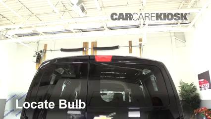 2015 Chevrolet City Express LS 2.0L 4 Cyl. Éclairage Feu de freinage central (remplacer l'ampoule)