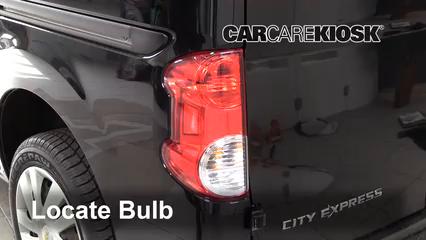 2015 Chevrolet City Express LS 2.0L 4 Cyl. Éclairage Feux de position arrière (remplacer ampoule)