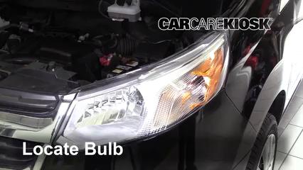 2015 Chevrolet City Express LS 2.0L 4 Cyl. Éclairage Feu clignotant avant (remplacer l'ampoule)