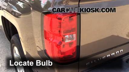 2015 Chevrolet Silverado 1500 LT 4.3L V6 FlexFuel Extended Cab Pickup Lights