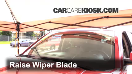 2015 Chevrolet Tahoe LT 5.3L V8 FlexFuel Windshield Wiper Blade (Front)