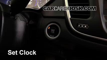 2015 Chrysler 200 Limited 2.4L 4 Cyl. Sedan (4 Door) Horloge