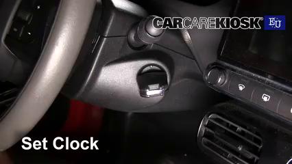 2015 Citroen C4 Cactus Feal 1.2L 3 Cyl. Turbo Clock