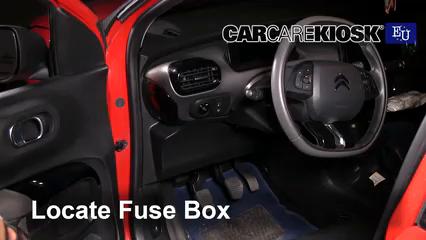 2015 Citroen C4 Cactus Feal 1.2L 3 Cyl. Turbo Fuse (Interior)