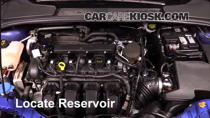 2015 Ford Focus Titanium 2.0L 4 Cyl. FlexFuel Sedan Liquide essuie-glace
