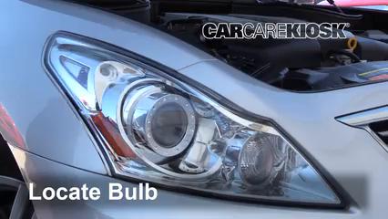 2015 Infiniti Q40 3.7L V6 Lights Turn Signal - Front (replace bulb)