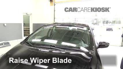 2015 Kia Forte5 EX 2.0L 4 Cyl. Windshield Wiper Blade (Front)